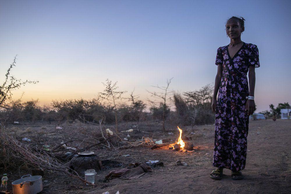来源 美联社:一名逃离埃塞俄比亚提格雷冲突地区的提格雷女孩