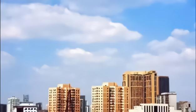 今天,沈阳上空,溜溜的云。(视频:罗玉芬)