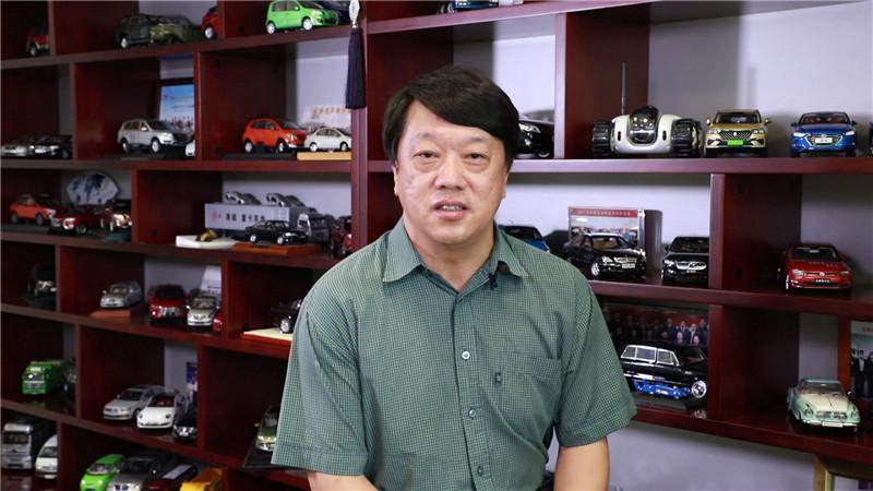 中国能源汽车传播集团党委副书记、副董事长、总经理,《中国汽车报》社社长 辛宁.jpg