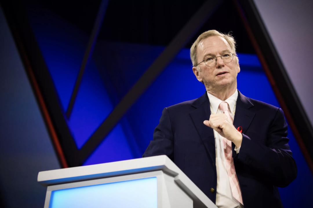 谷歌董事长施密特退休后,当起了美国军方的硅谷买办 谷歌总裁