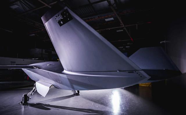 美国造出六代机雏形,作战模式独一无二,歼20迎来真正挑战