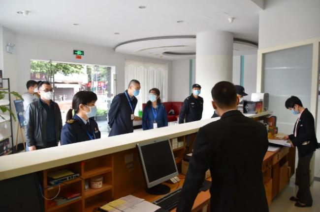 检查结束后,安委会办公室要求酒店员工高度重视一切安静的事情 石岐区辖区范围