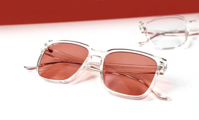 全真光学果冻色变色眼镜打造个性新风,彰显时尚态度