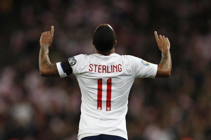 GIF:冰岛最后时刻手球,斯特林点球命中完成绝杀