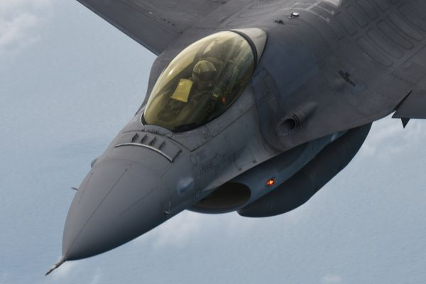 资料图片:F-16战机