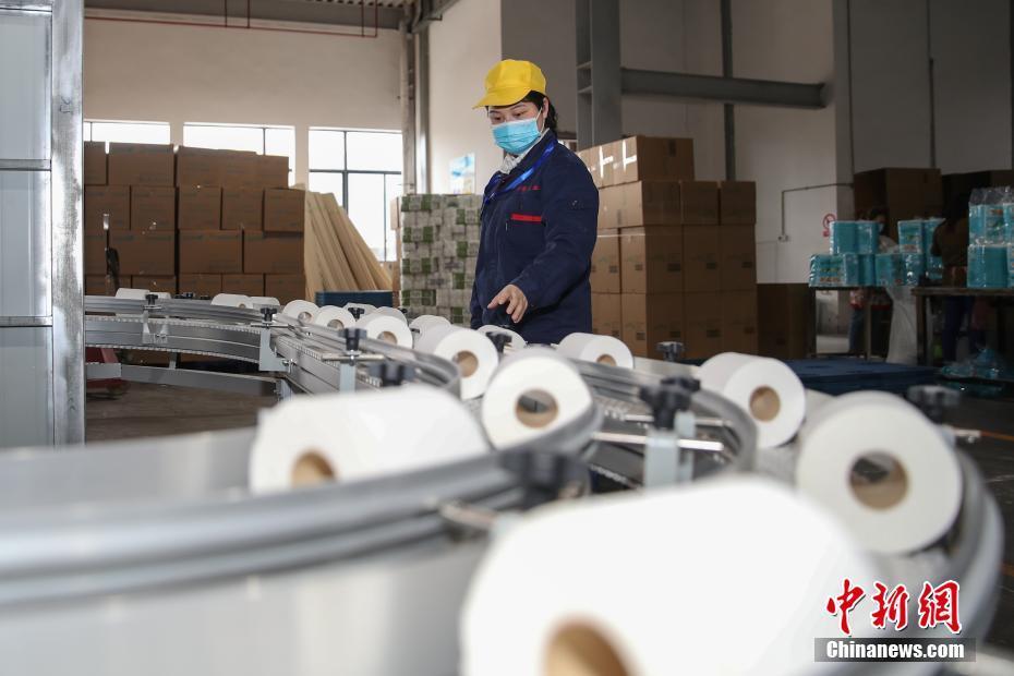 贵州赤水纸企赶制出口订单