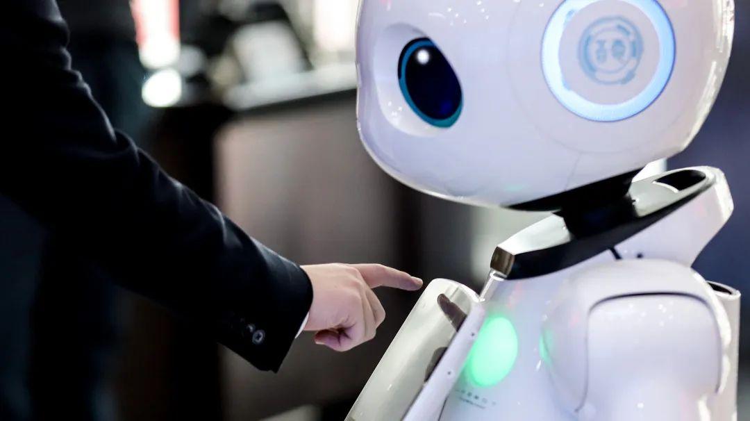 人工智能来了,是入侵,还是双赢?