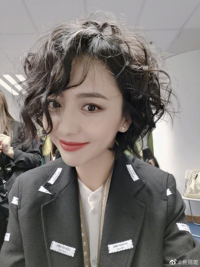 2020央视春晚彩排主持阵容大变,佟丽娅加入