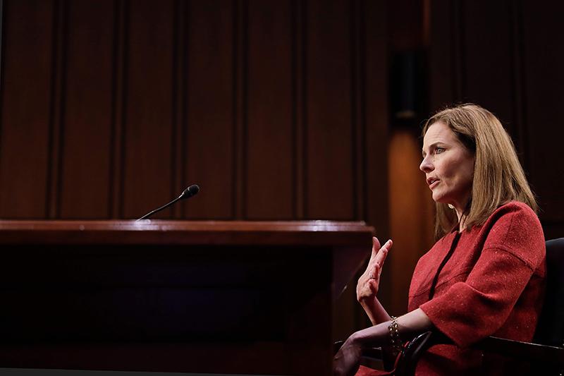 当地时间2020年10月13日,美国华盛顿特区,美国联邦最高法院大法官候选人艾米·科尼·巴雷特的提名听证会进入第二天。 人民视觉 图