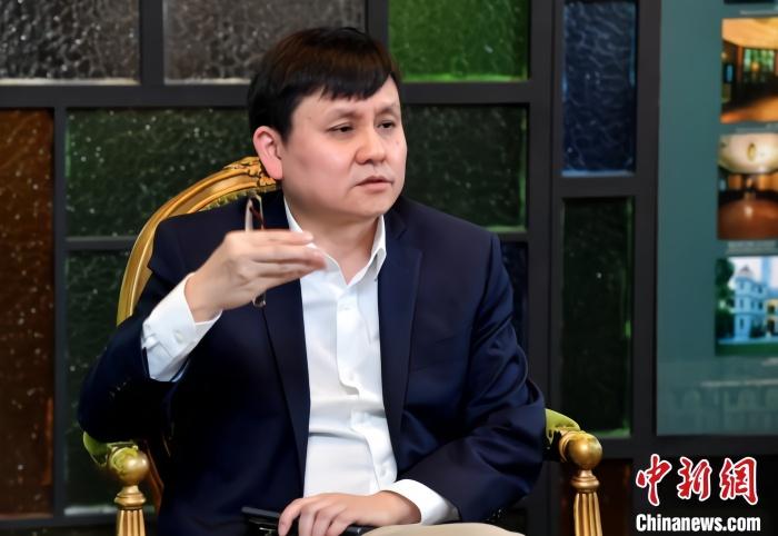 張文宏任中國足協防疫專家 職業聯賽啟動提上日程