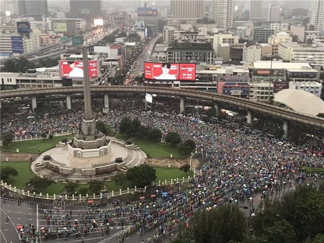 【迪士尼彩乐邀请码12345】_泰国爆发大规模示威游行,记者连线当地华人:尽量减少外出