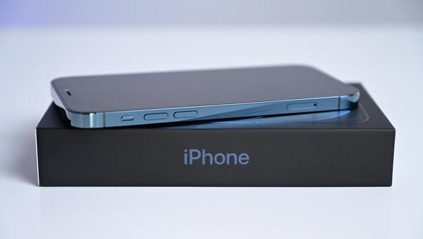 苹果iPhone 12系列