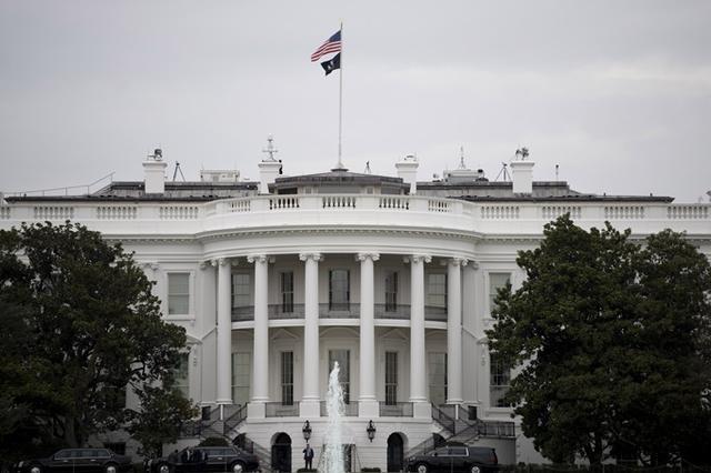 """【网站流量排名】_白宫内部邮件要求""""避免不必要地造访白宫西翼"""""""