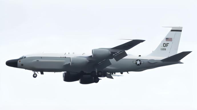 美国军机再次抵近黄海监视 解放军演习