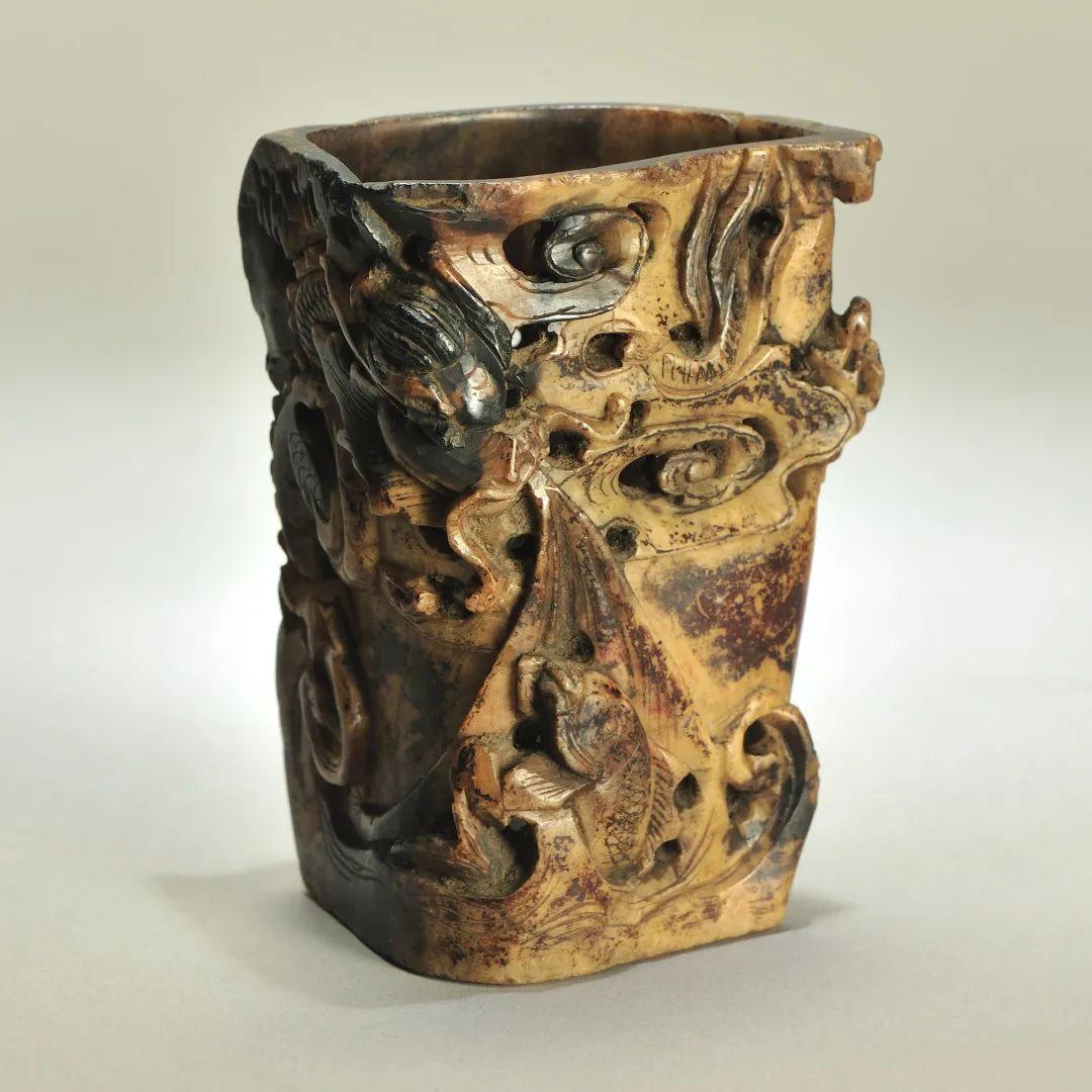 清 寿山石笔筒