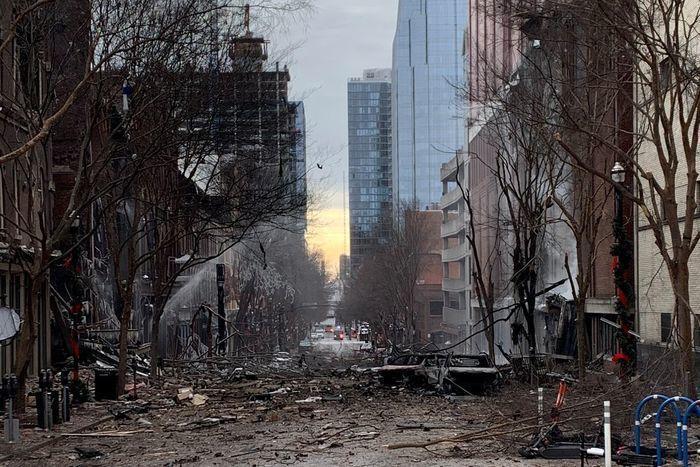 ↑爆炸现场 图据《华尔街日报》