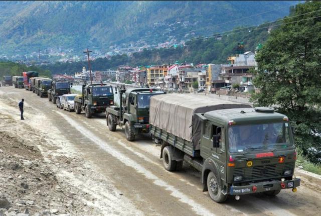 【唯美图片收录】_印媒称解放军正在边境兴建道路桥梁,卫星图显示中方部署