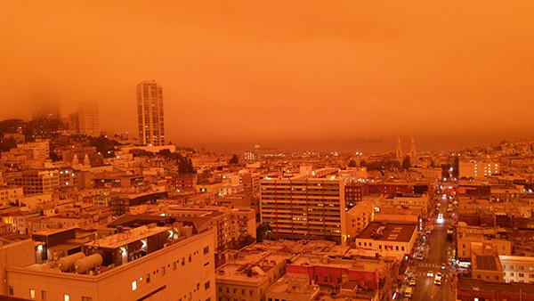 【moon老师】_山火肆虐,美国加州现橘红色天空 网友:就像核冬天