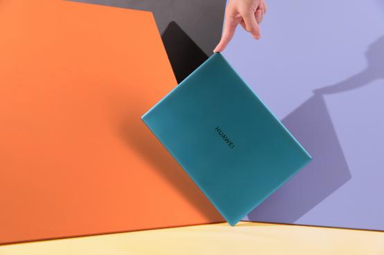 华为MateBook X设计解读:一Mate相承的色彩美学艺术
