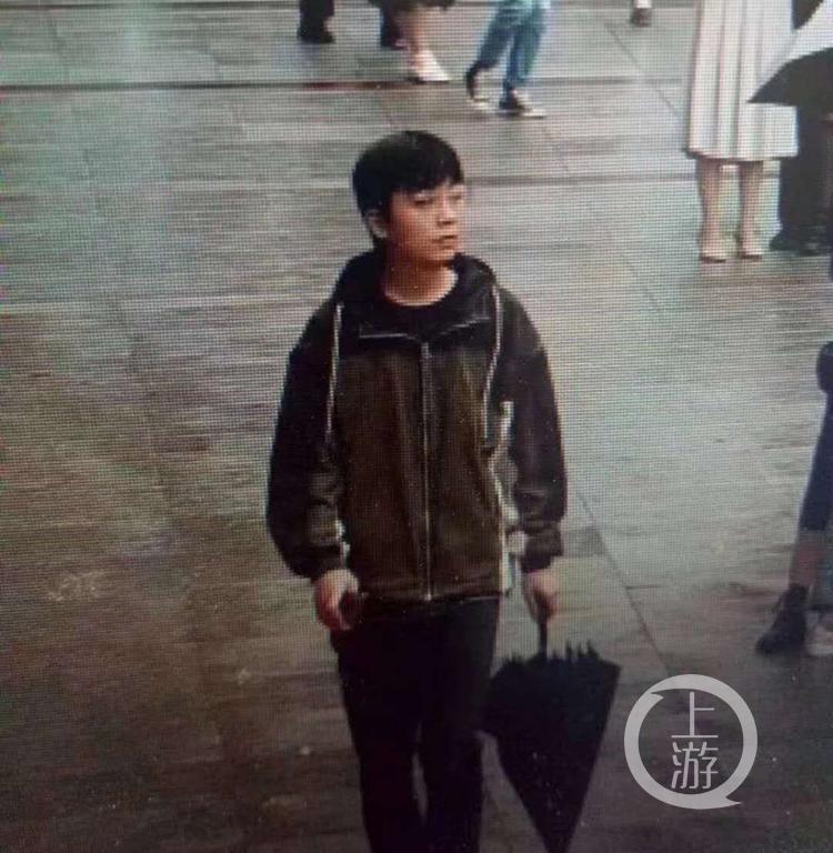 【google 快猫网址】_重庆一大三男生失联8天 母亲称其网络借贷4000元未还