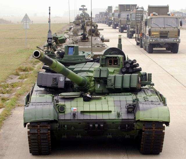 服役近半个世纪,装备四十五个国家,飞炮塔的T72为何没被淘汰?