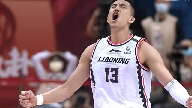 郭艾伦赢球后回应压力:和国家队比小太多了,打新疆享受篮球
