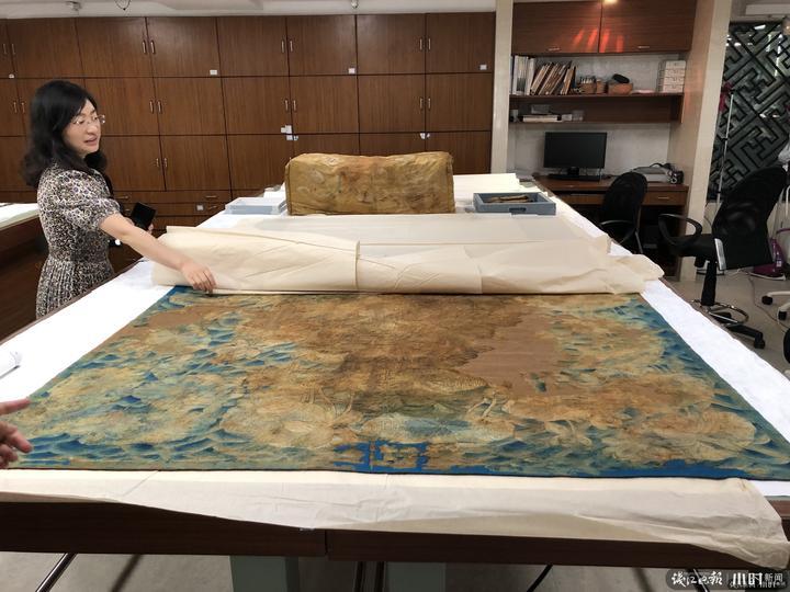 【青岛日本强轮视频电影培训】_慈禧入殓穿着的唯一龙袍展出:和皇帝同款十二章纹 绣31个佛字