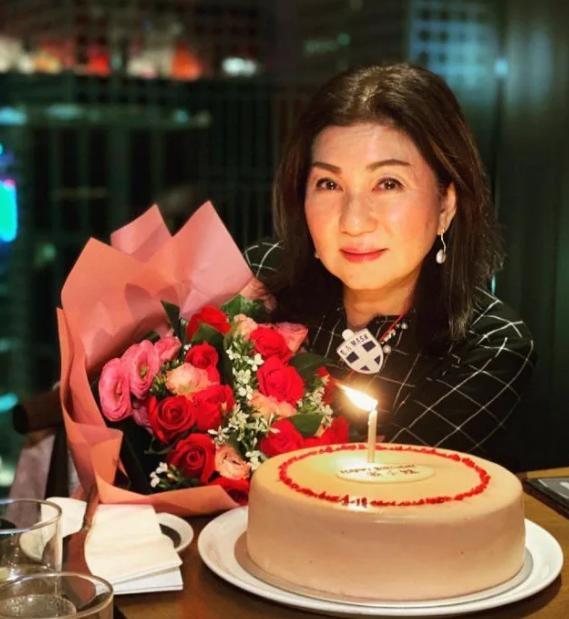 无线高层乐易玲61岁生日宴堪比台庆,黄宗泽苗侨伟等到场庆贺