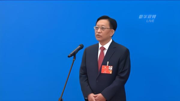 宋鑫委员:1亿平方米建筑用清洁供暖可节约标准煤66万吨