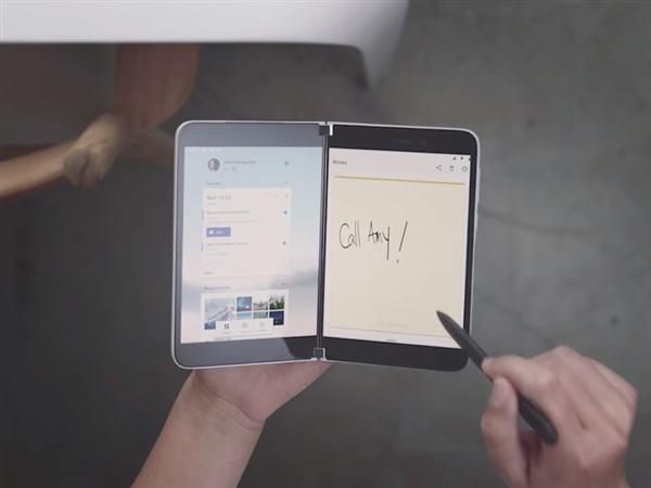 微软Surface Duo真机展示:支持手写笔 无后置摄像头