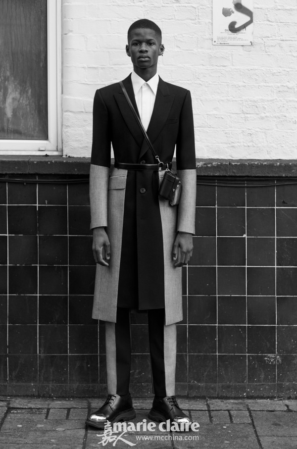 Alexander McQueen(亚历山大·麦昆)2020年秋冬男装