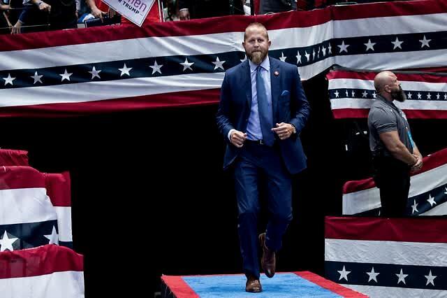民調落后拜登,特朗普對自己的競選經理發飆了