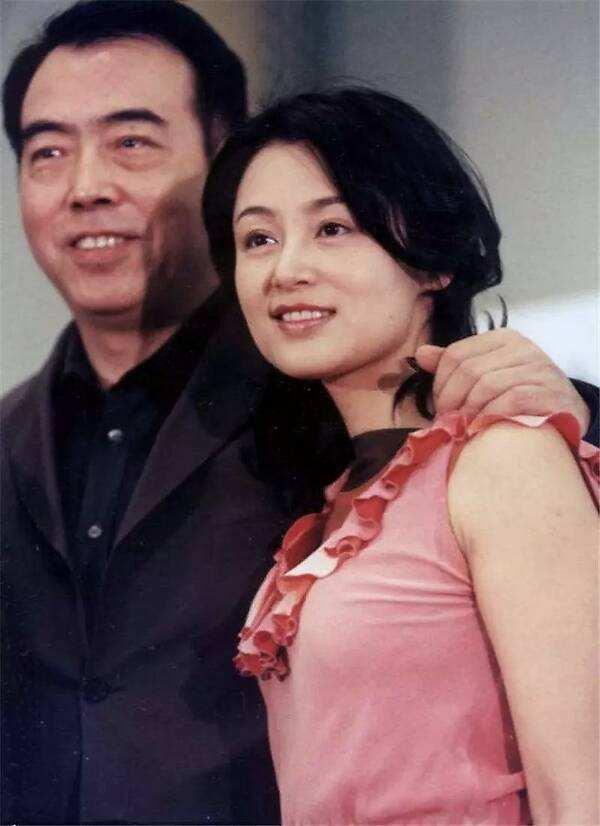 """甩掉同居8年的倪萍,娶陈红,陈凯歌是""""多情""""..."""