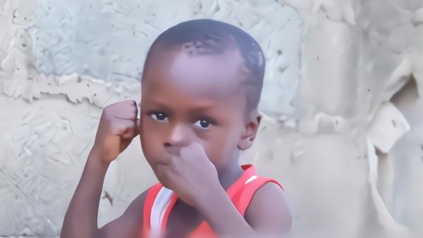 这个5岁拳击男孩,会是下一个梅威瑟吗?