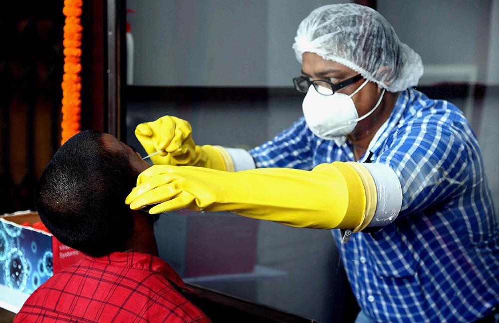 深圳丝袜按摩_印媒:印度将超过巴西,成为全球疫情第二严重的国家