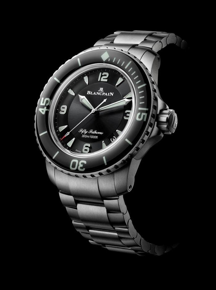 宝珀五十噚系列钛合金潜水自动腕表
