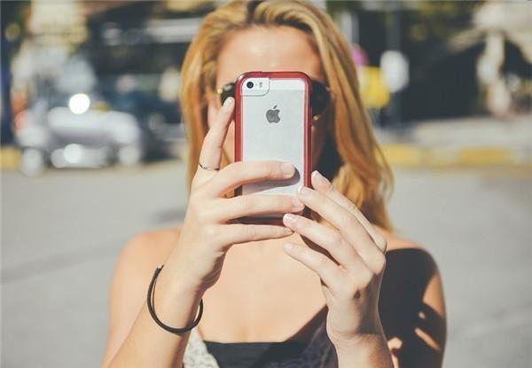 iPhone 12顶配版要卖更贵了:消息称苹果只让它支持毫米波5G