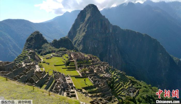 图为疫情下,没有游客访问的秘鲁马丘比丘。
