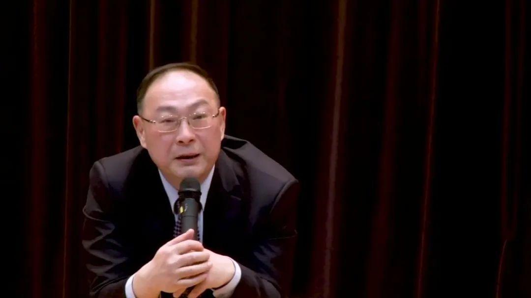 【电商网站seo】_美国要求中国关闭领馆,金灿荣:这是中美建交后从未发生过的事件
