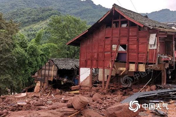 【关键词龙轩导航培训】_四川连遭大暴雨10万余人受灾 强降雨还将持续多久?