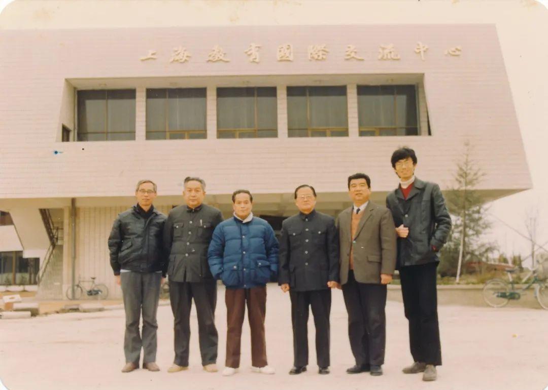 1989年本市高校教师职务法学评议组(右三为高文彬)