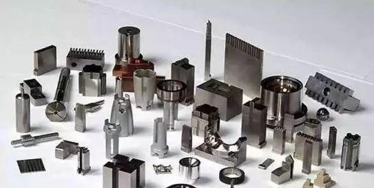 在加工过程中,哪些因素会导致工件变形? 金属板材加工技术和机械展览会