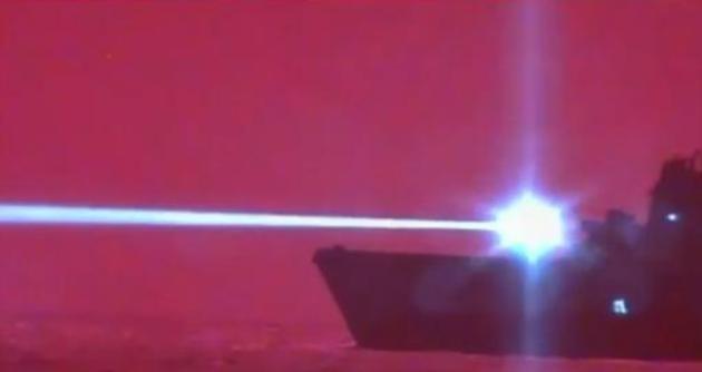 """星球大战的场景要成真?美军试用激光武器打仗小心""""闪瞎眼"""""""
