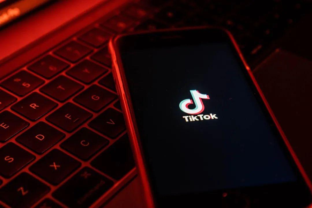 【炮兵社区app交流】_环球时报社评:美国明抢TikTok,西方世界为何不敢说实话?