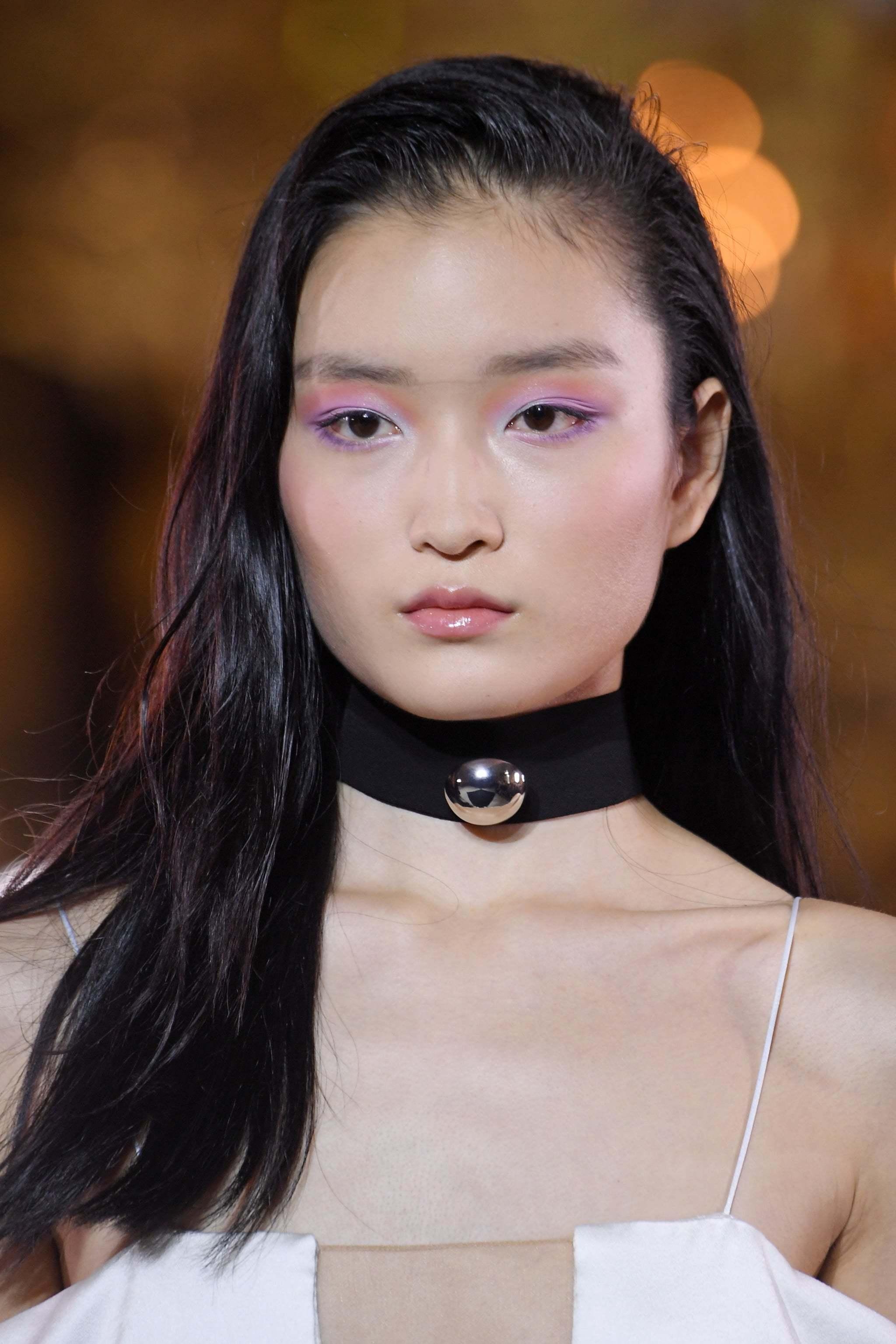 个性女孩必备:印象派眼妆,它不仅好看还有治愈坏心情的魔力