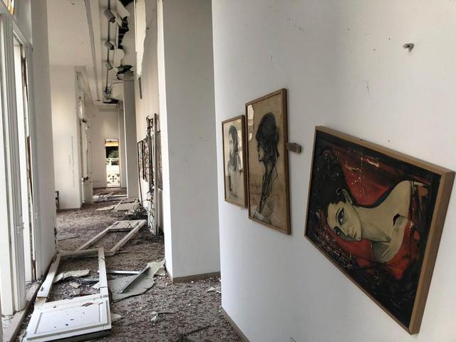 在贝鲁特港口爆炸中遭受重创的苏尔索克博物馆内部
