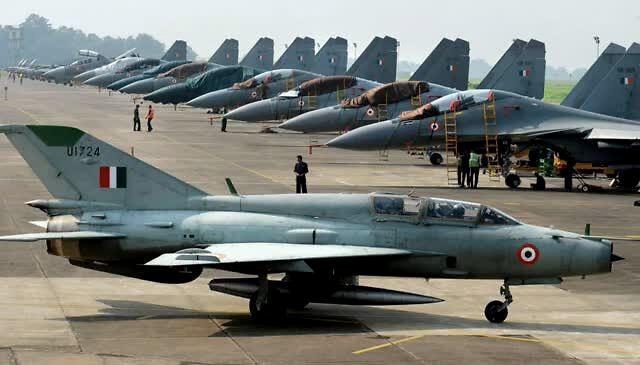 印度酝酿夏季攻势部署大批苏30 枭龙迎来真正考验