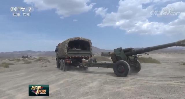 新装备与旧思维:一场由国产新型卡车炮所引发的争论与思考