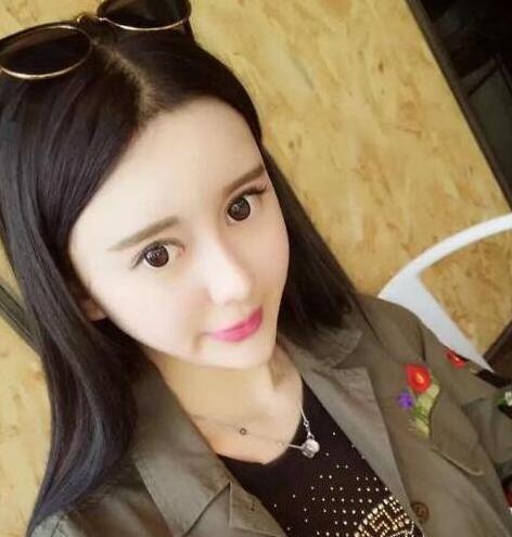 【艾娱】小G娜成北京第3896位宾利
