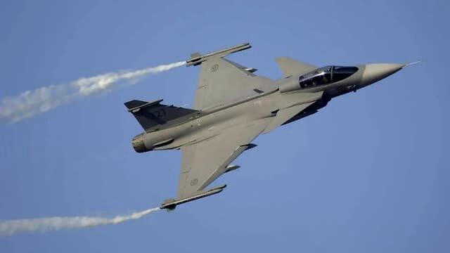 鹰狮战机换装相控阵雷达,泰国再次约战歼10,上次输的并不服气